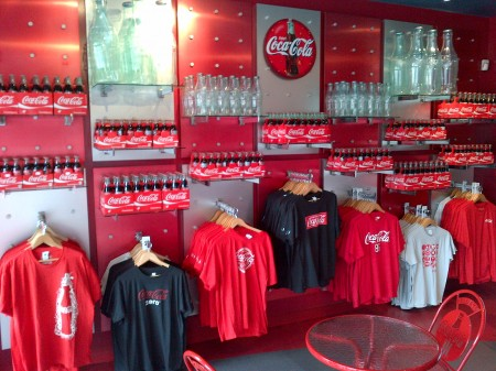 Coke store IMG 20120809 00007 450x337