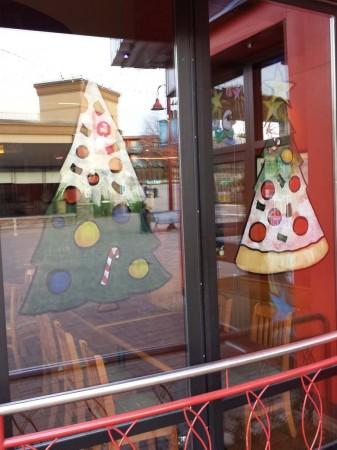 bp christmas window painting 02 337x450